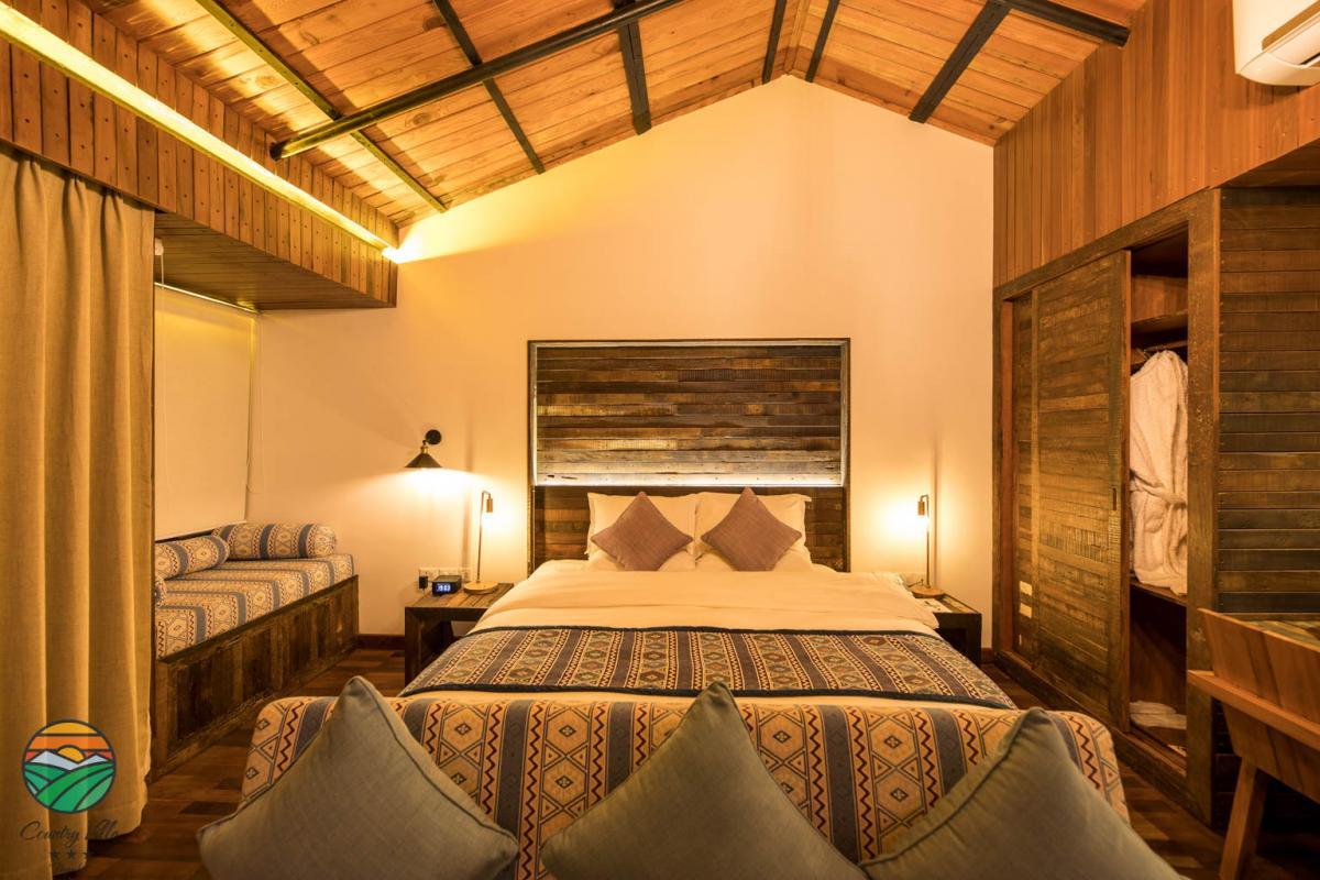 Deluxe Suite - Room 2
